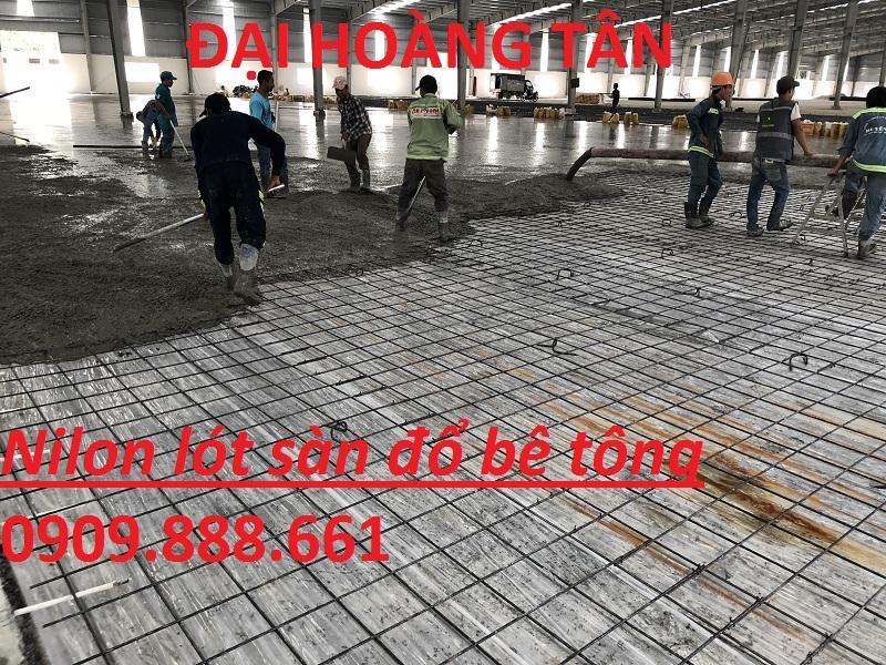 nilon lót sàn đổ bê tông màu trắng